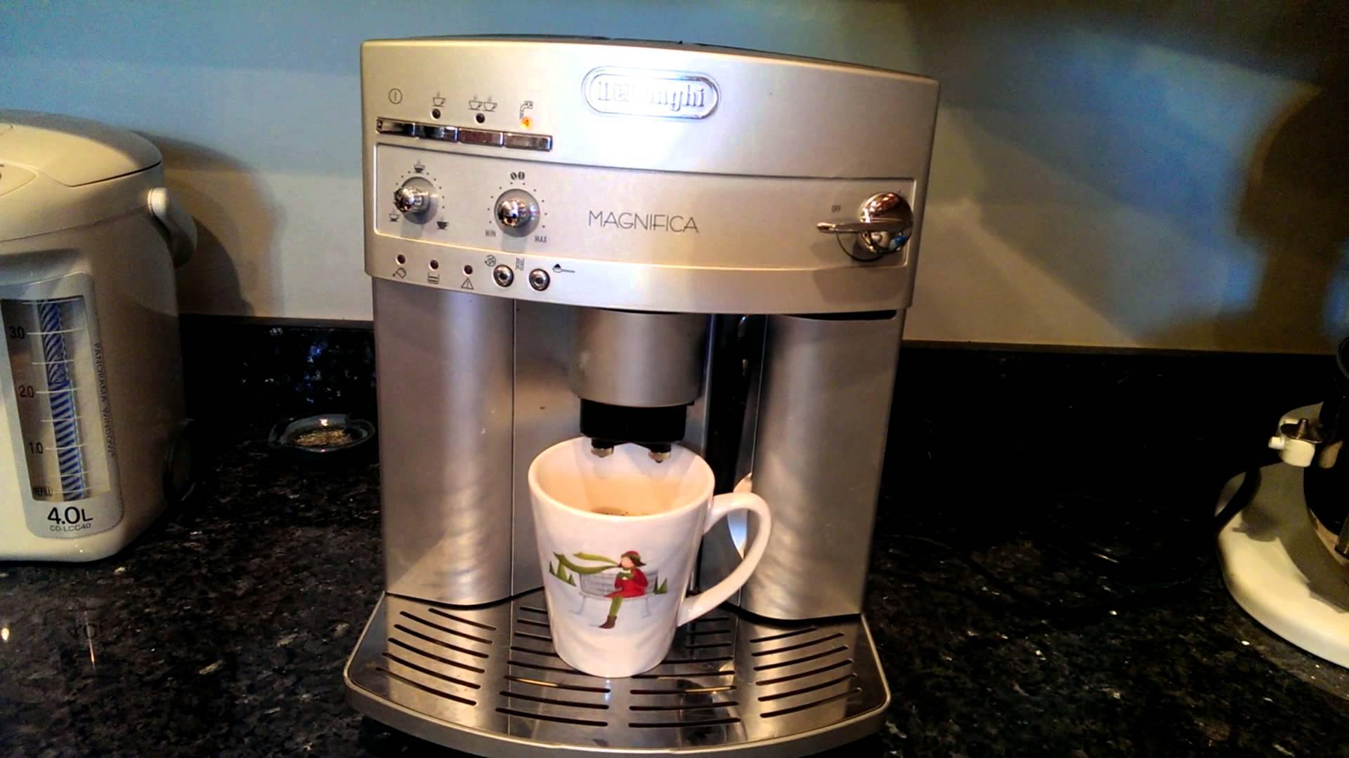 High End Coffee Maker Reviews 2015 : Review: Delonghi Espresso Machine - ESAM3300